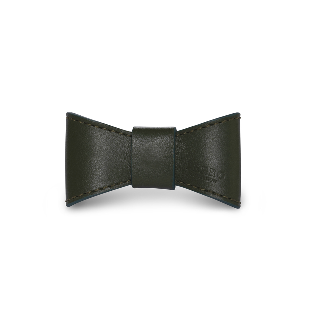 Hunter leather bowtie