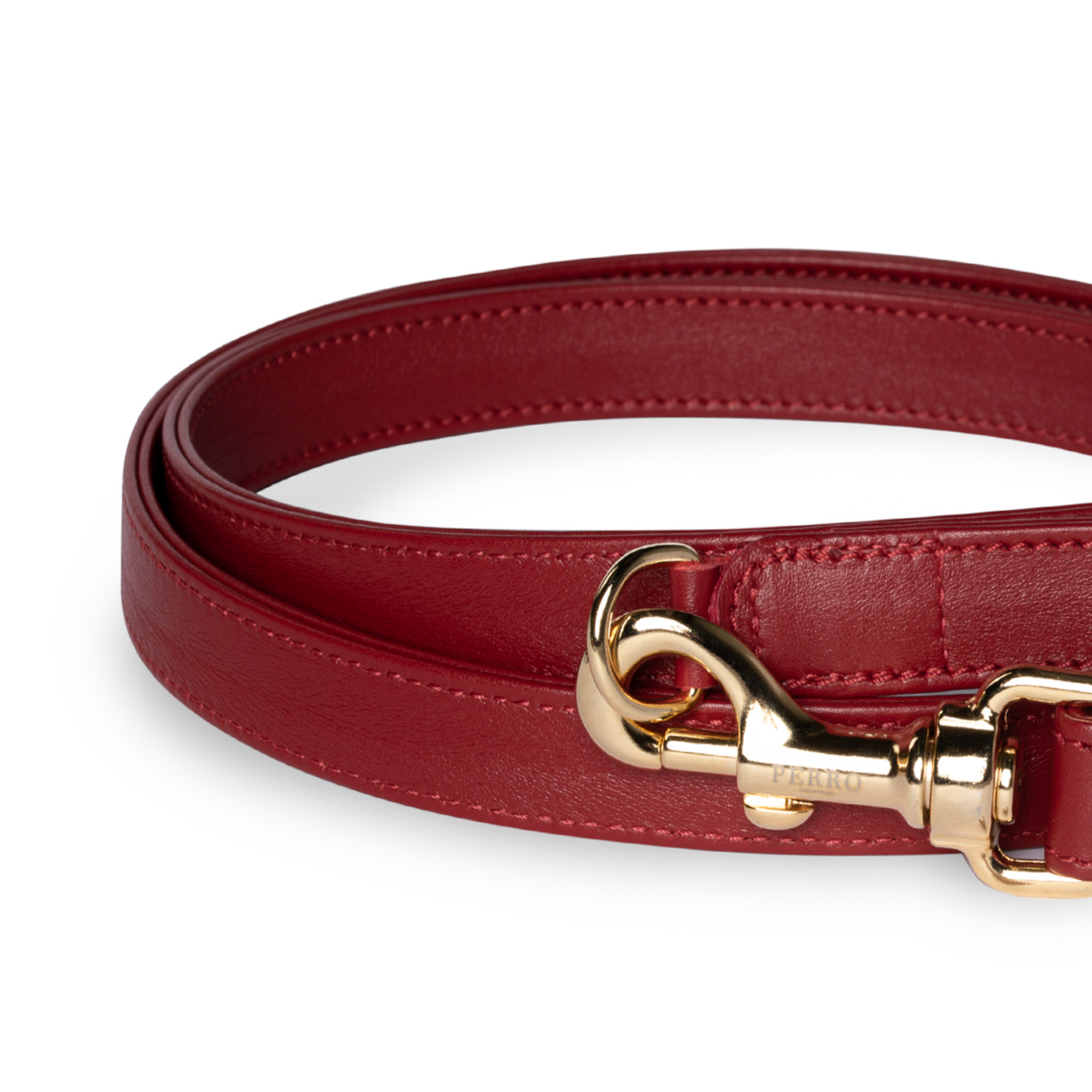 Scarlet red leash close up