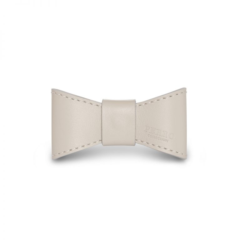 Leather bowtie off white