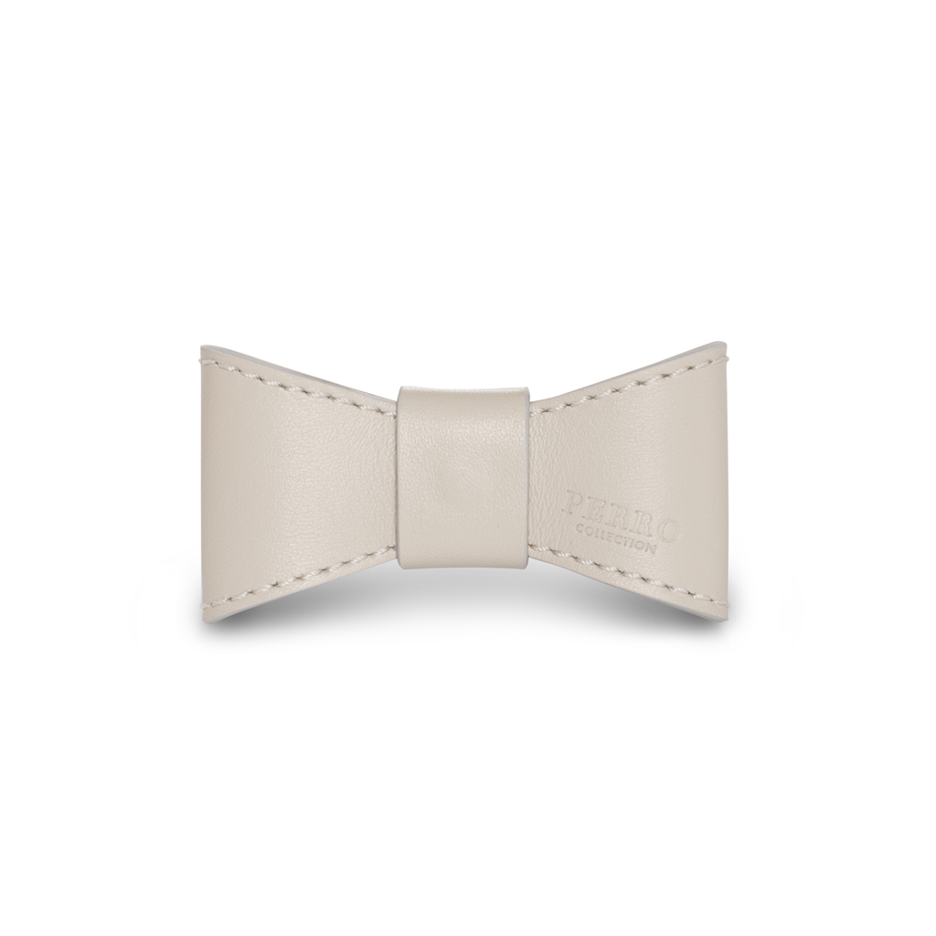 Leather bowtie dog off white